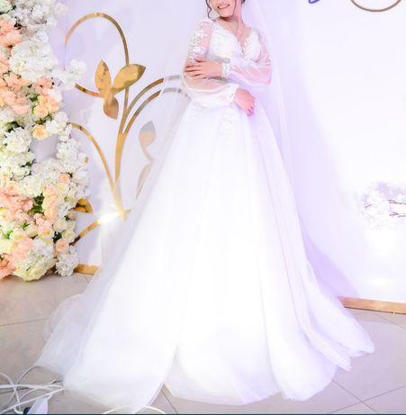Свадебное платье на прокат!!!
