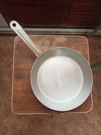 Сковорода алюминия