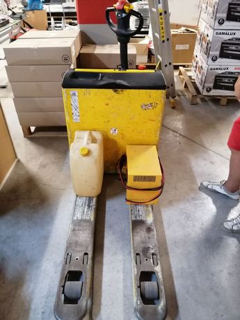 Акумулаторна/Електрическа палетна количка