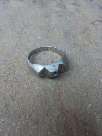 Стар алуминиев пръстен