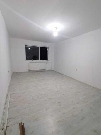 Vand urgent: Apartament Mihai Bravu nr.239.Negociabil