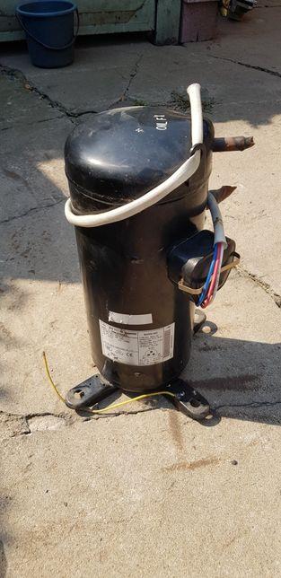 компрессор Panasonic C-SBN373H8D