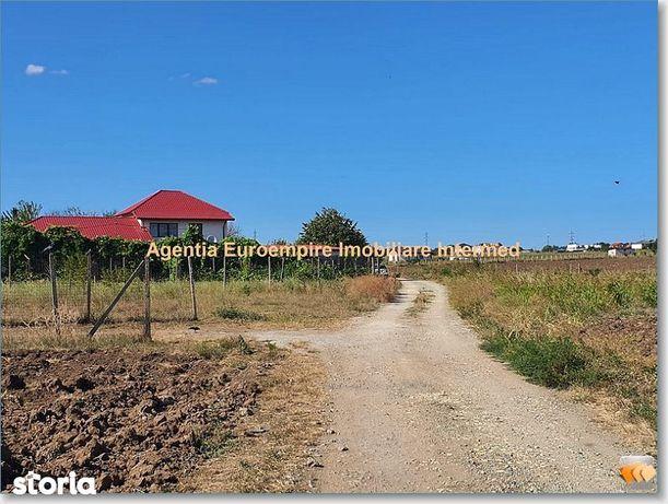 teren de vanzare in Lazu lot de casa
