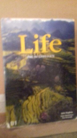 Life Pre-Intermediate. Student's Book B1 + CD