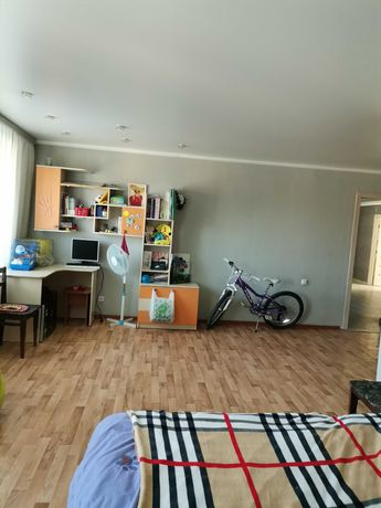Продам 3х-комнатную квартиру