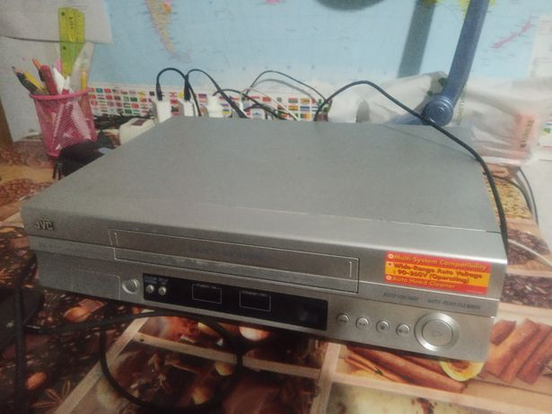 Видеоплеер кассетный