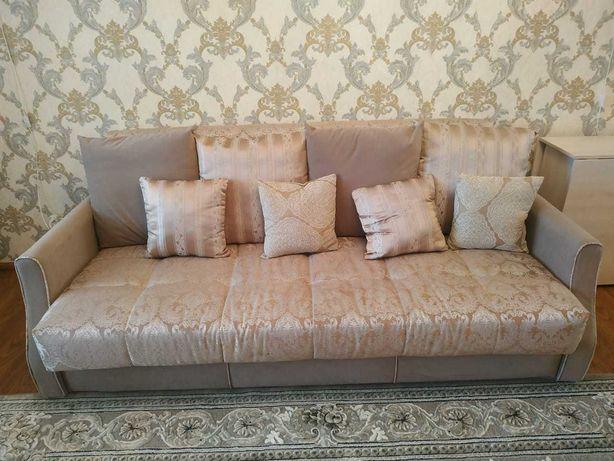Продам красивый новый диван, классика
