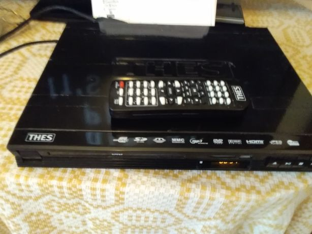 DVD  player  THES