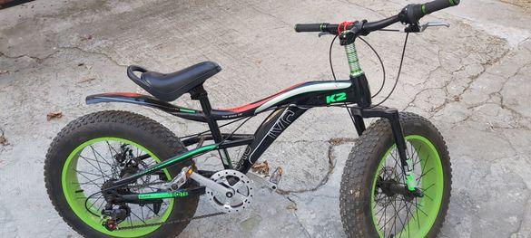 Колело с широки гуми и колело с помощни колелета