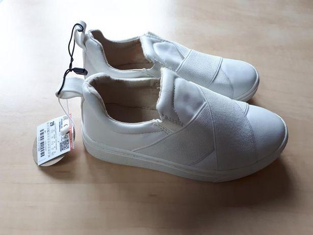 Pantofi fete Zara