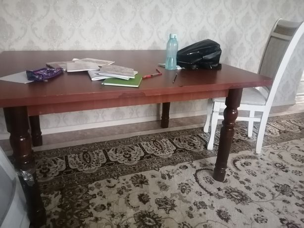 Продам стол б/у  2 шт 3 метр