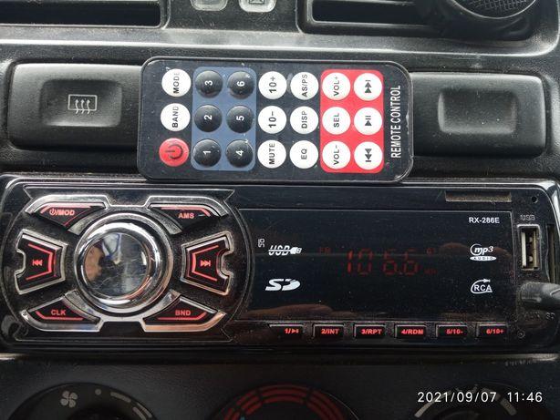 Продаю магнитофон 1шт.JVCоригинал.1шт.RX-286E.Торг.
