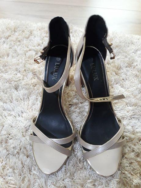 Sandale elegante 41