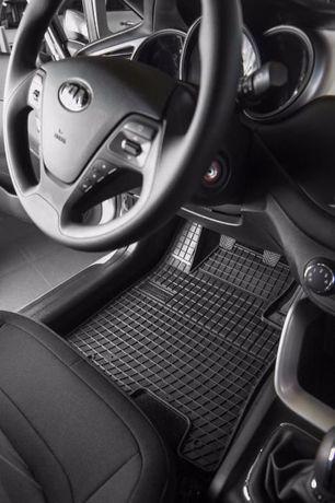 Качествени гумени или мокетени стелки точно за модела за багажник