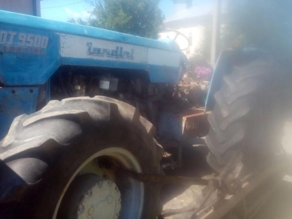 Dezmembrez Tractor Landini 9500
