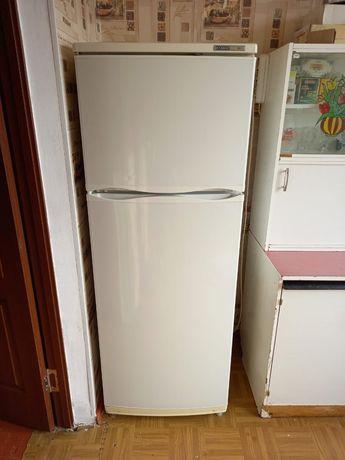Продам рабочий холодильник Атлант в посёлке Мерей