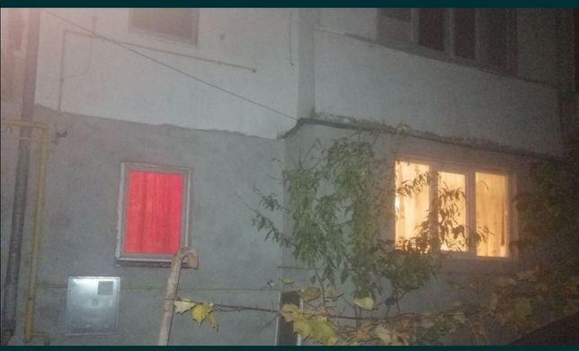 Vând Garsoniera modificat în apartament de 2 camere