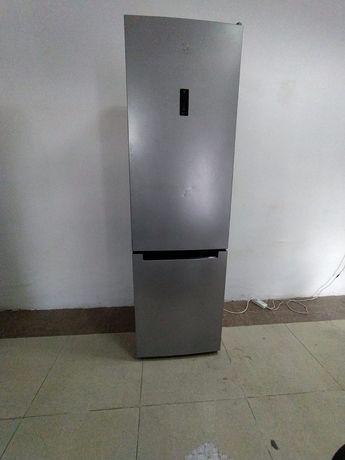 Холодильник индезит ноу фрост срочно