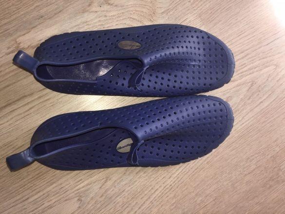 нови обувки за плаж/басейн №36