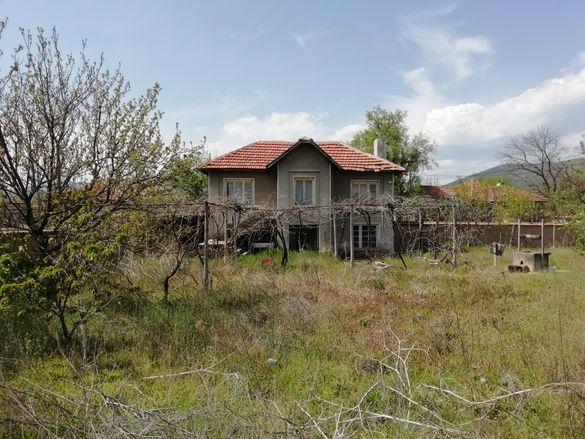 Къща с. Ветрен
