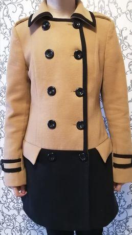 Срочно продам подростковое пальто