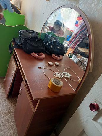 Тумба зеркало шкаф
