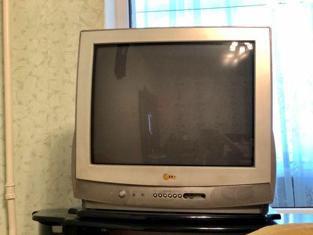 Цветной телевизор марки LG