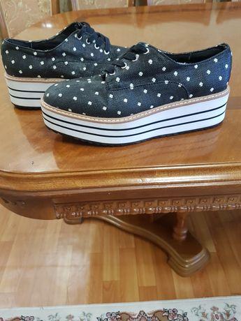 Продам обувь размер 37