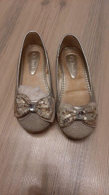 Vand pantofi balerini eleganți pentru fetițe, marime 17cm interior