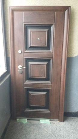 Входна врата(Чисто нова)