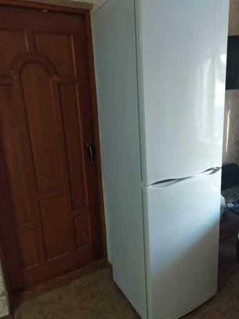 Холодильник Атлант.б/у Самовывоз.
