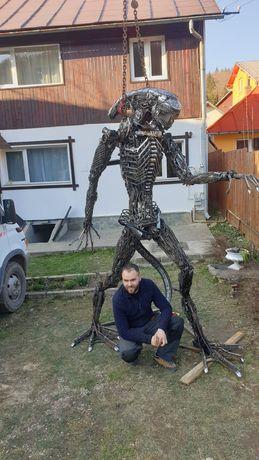 Alien metal Art