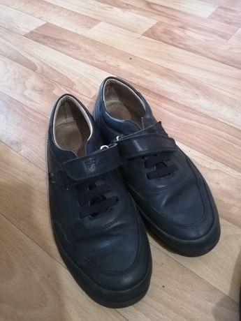Туфли на мальчика размер 35, 36 новые.  Состояние отличное