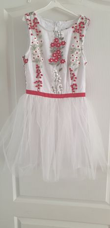 Лятна нова рокля