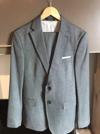 Costum barbatesc Zara pentru ocazie