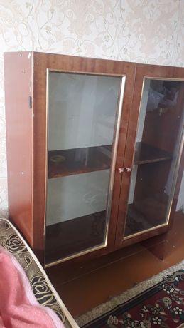 Срочна продам шкаф