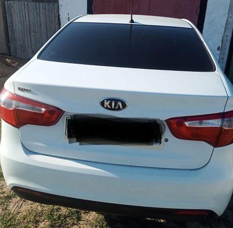 Продам автомобиль Kia Rio