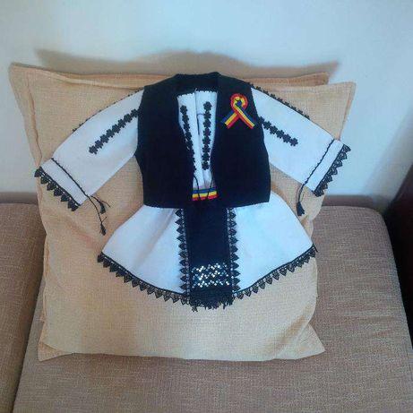 Costum popular fetite - botez