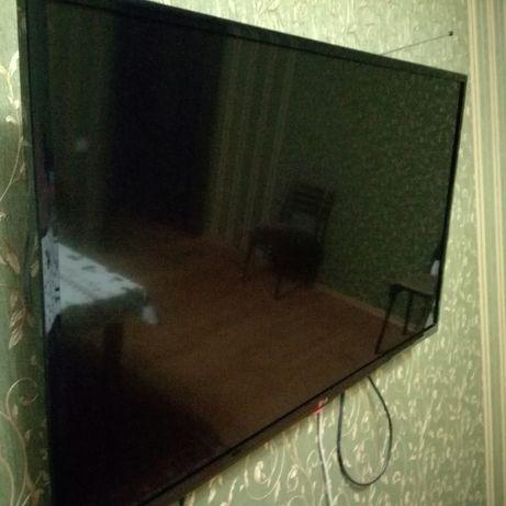продам телевизор smart TV