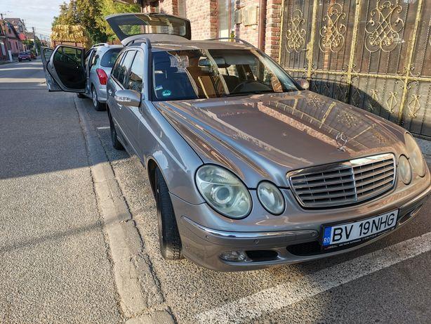 Mercedes Benz w211 e220