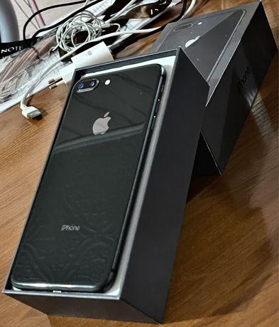 Iphone 8+ 64 gb в отличном состоянии