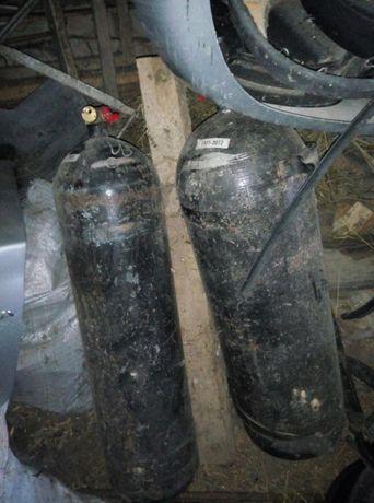 Метанови ботилки общ обем 12кг. Метан