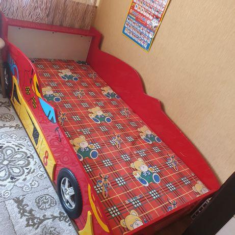 Кровать детский машинка
