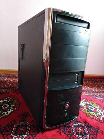 компьютер среднего уровня в отличном состоянии