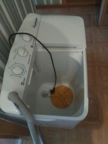 Продам стиралку полуавтомат