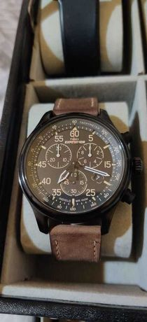 Ceas de mana Timex Expedition Chronograph 42mm