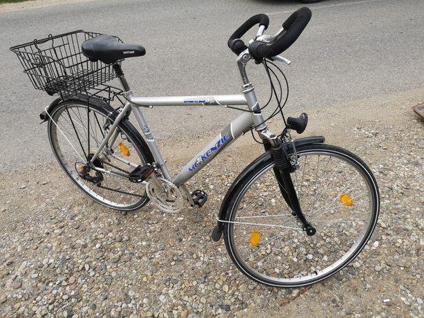 Vind 2 biciclete de dama si barbat