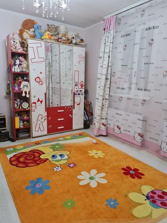 Продам детский гарнитур: шкаф, кровать, шторы, матрас+ковёр+покрывало