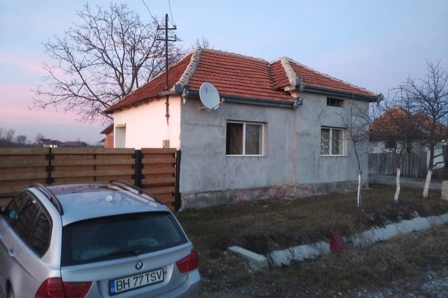 Vând casă la 55 km de Oradea