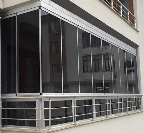 Остъкляване на балкони и тераси със сгъваема система от стъкло
